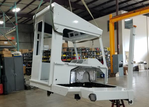 Capacity yard truck cabin